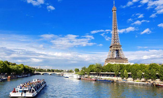 Paris Tourisme. Un été entre bronzage, détente et culture.